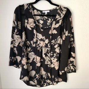 DR2 Black Floral Sheer Top - size Medium